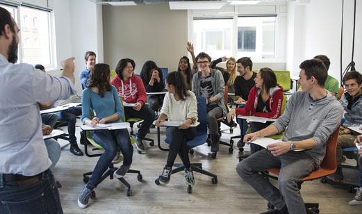 campus cluster rentree rentrée team building inté wei integration tendance paris metiers métiers journaliste com digital iicp