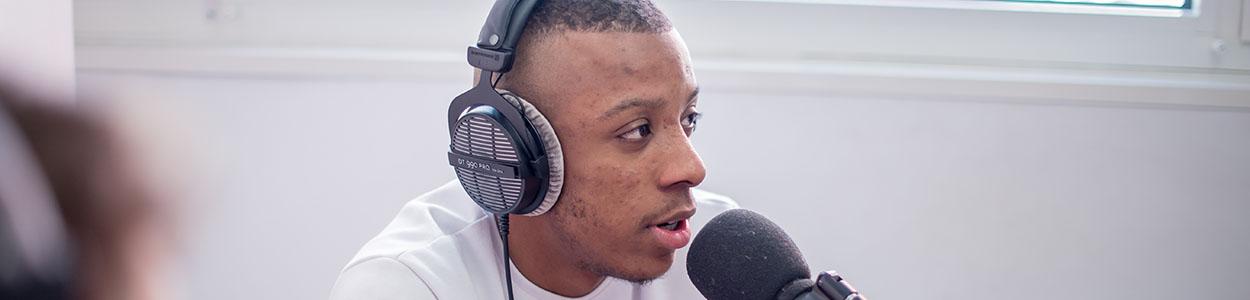 Fiche métier journaliste radio